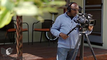دانلود آموزش مبانی فیلمبرداری :دوربین و شاتینگ -Video Foundations Cameras and Shooting 2