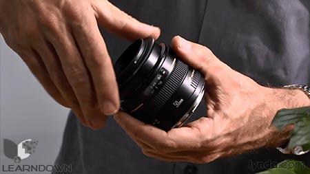 دانلود آموزش لنز معکوس در عکاسی ماکرو - Exploring Photography: Lens-Reversal Macro 2